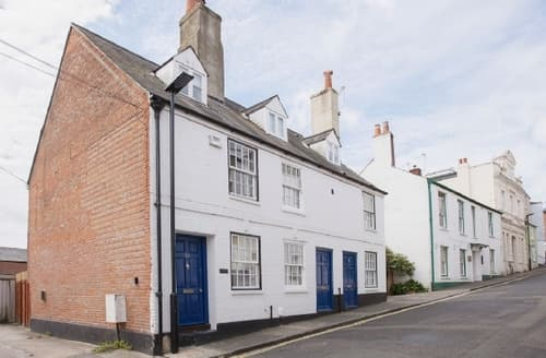 Big Cottages - Captivating Cowes Cottage S37522