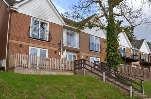 Last Minute Cottages - Inviting Ryde And Seaview Apartment S40549