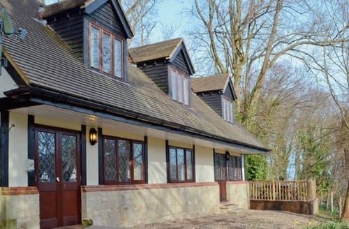 Big Cottages - Adorable Shanklin Cottage S14348