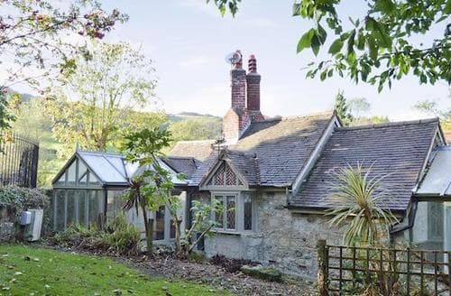 Last Minute Cottages - LUCCOMBE CHINE LODGE