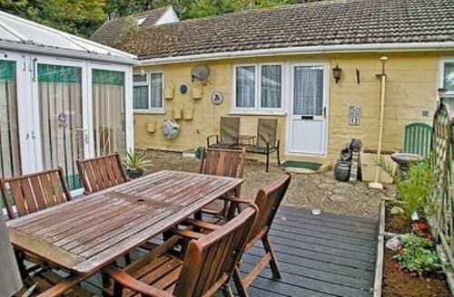 Last Minute Cottages - Quaint Ventnor Lodge S14379