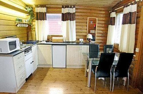 Last Minute Cottages - Beautiful Rothbury Lodge S14652