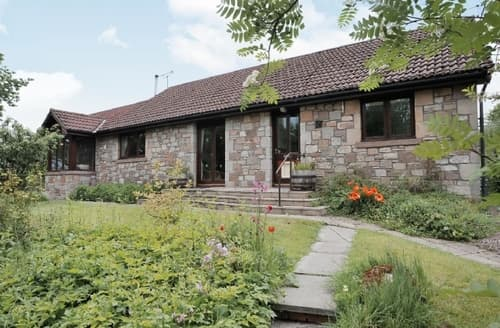 Big Cottages - Attractive Wooler Cottage S14750