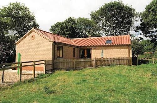 Last Minute Cottages - Beautiful Bridlington Cottage S14810