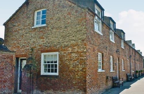 Last Minute Cottages - Tasteful Driffield Cottage S14860