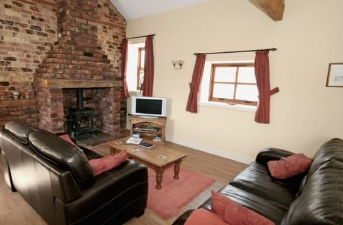 Last Minute Cottages - The Smithy