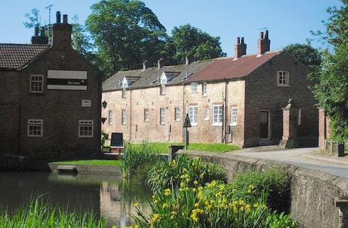 Last Minute Cottages - Inviting Driffield Cottage S14883