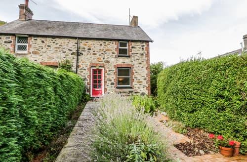 Last Minute Cottages - 2 Brookside