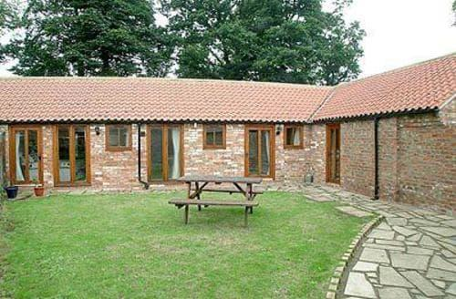 Dog Friendly Cottages - HUNTERS LODGE
