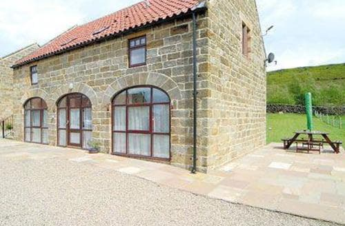 Last Minute Cottages - Tasteful Danby Cottage S15038