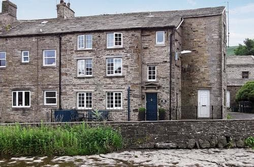 Big Cottages - Inviting Hawes Cottage S15167