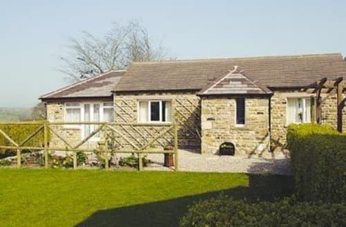 Last Minute Cottages - Cosy Ingleton Cottage S15204