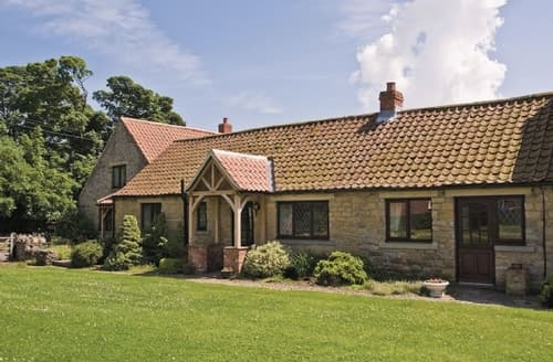 Last Minute Cottages - Beautiful Pickering Cottage S15308