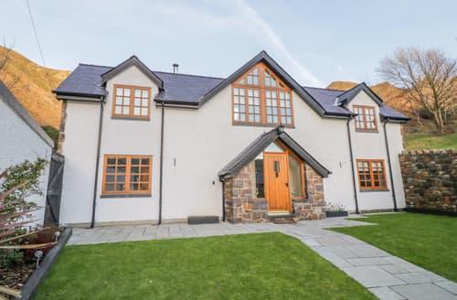 Last Minute Cottages - Bwthyn Carregwen