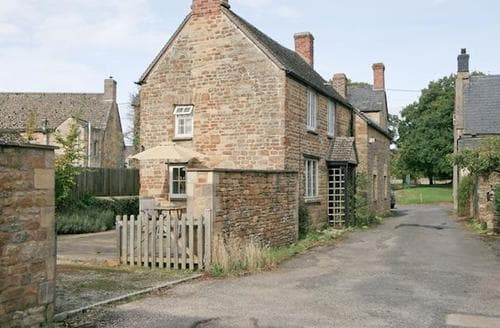Last Minute Cottages - Adorable Chipping Norton Cottage S15688