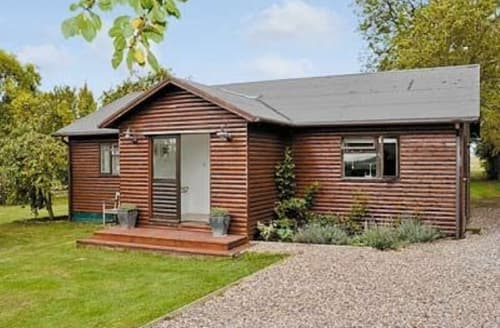Last Minute Cottages - ORCHARD LODGE