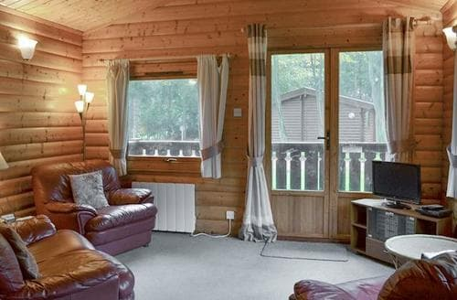 Last Minute Cottages - Wold Lodge