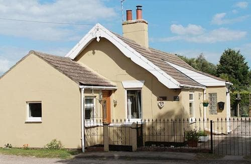 Last Minute Cottages - Exquisite Louth Cottage S38142