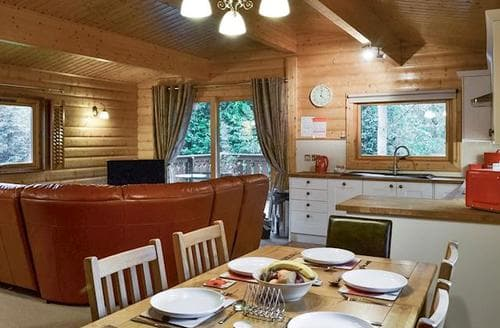 Last Minute Cottages - Tasteful Louth Lodge S73197