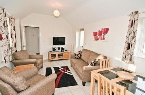 Last Minute Cottages - Beautiful Mablethorpe Cottage S15818