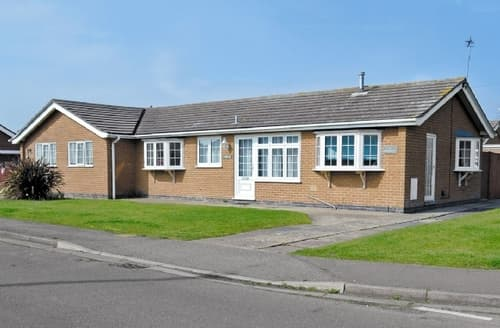 Last Minute Cottages - Gorgeous Mablethorpe Cottage S15849