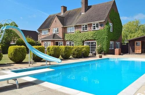 Last Minute Cottages - Beautiful Stratford Upon Avon Apartment S15930