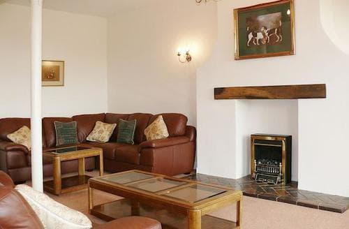 Big Cottages - Adorable Stafford Cottage S43650