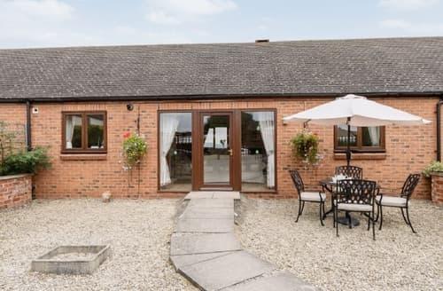 Last Minute Cottages - Adorable Cheltenham Cottage S16112