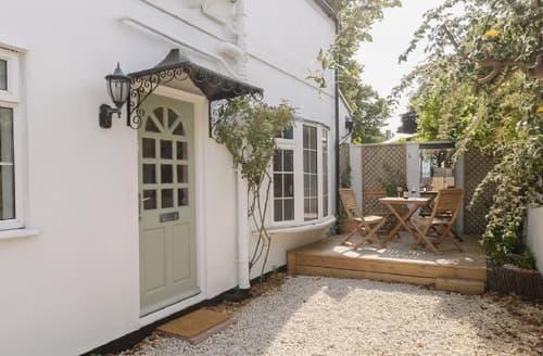 Last Minute Cottages - Exquisite Cheltenham Cottage S38018