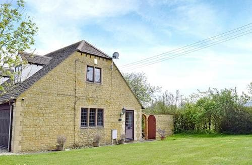 Dog Friendly Cottages - Cotswold  View