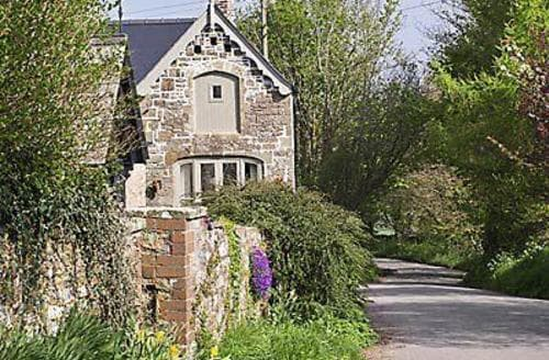Last Minute Cottages - Wonderful Coleford Cottage S16214