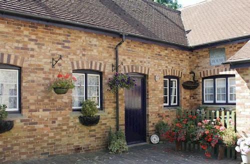 Last Minute Cottages - Wonderful Coleford Cottage S77384