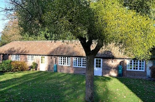 Last Minute Cottages - Stunning Gloucester Cottage S73395