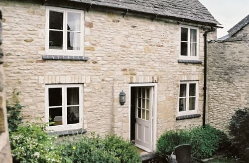 Last Minute Cottages - Cosy Stow On The Wold Cottage S16285