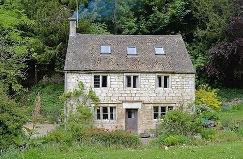 Big Cottages - Stunning Stroud Cottage S16306