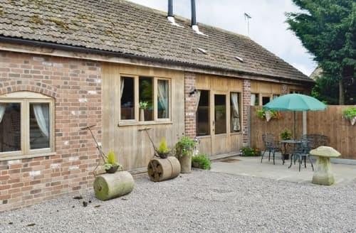 Big Cottages - Adorable Stroud Cottage S33797