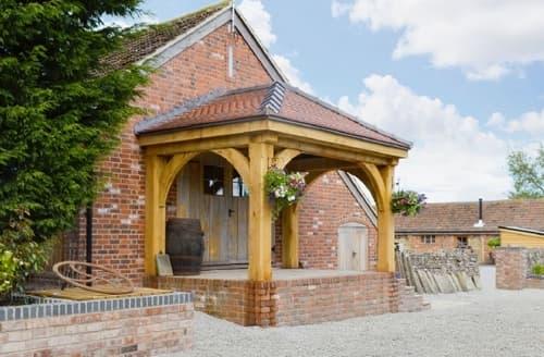 Last Minute Cottages - Gorgeous Stroud Cottage S33798