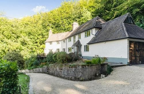 Last Minute Cottages - Hillside House