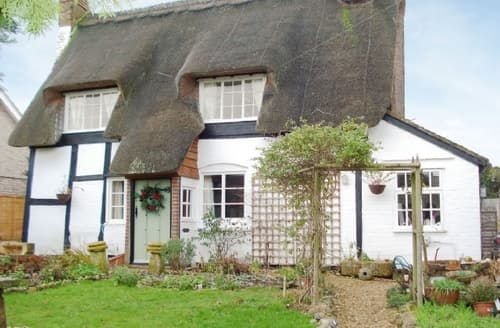 Last Minute Cottages - Inviting Evesham Cottage S16344