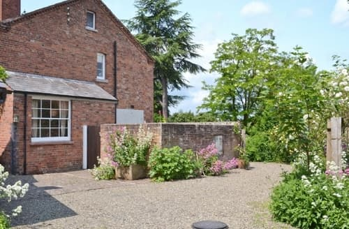 Last Minute Cottages - Gorgeous Tenbury Wells Cottage S16374