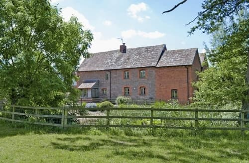 Last Minute Cottages - Charming Tenbury Wells Cottage S16383