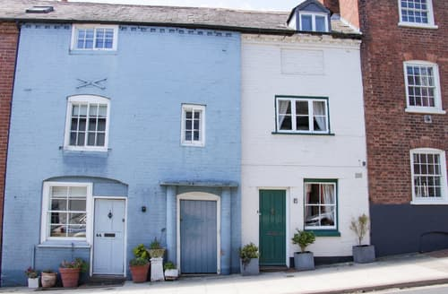 Last Minute Cottages - 42 Old Street