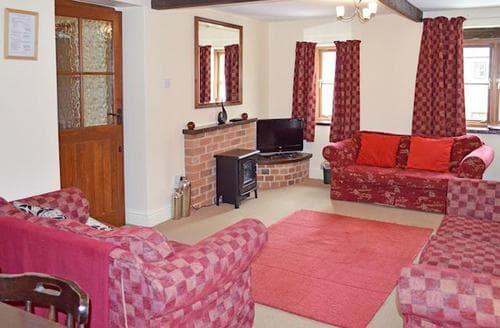 Last Minute Cottages - Exquisite Brassington Cottage S16497