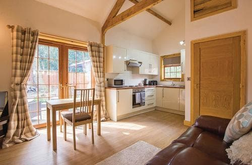 Last Minute Cottages - Chestnut Cabin
