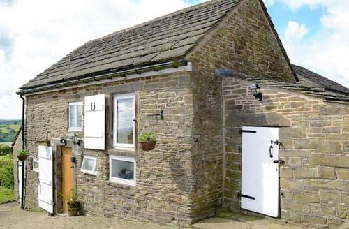 Last Minute Cottages - Delightful Chesterfield Cottage S71536