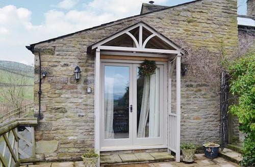 Last Minute Cottages - Attractive Edale Cottage S16569