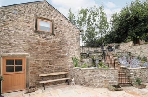 Last Minute Cottages - Beautiful Glossop Cottage S16587