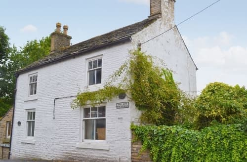 Big Cottages - Adorable Glossop Cottage S16603