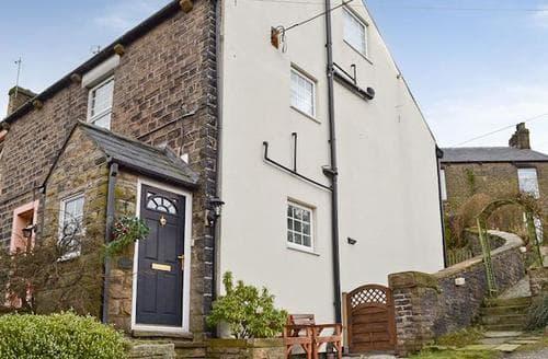 Big Cottages - Excellent Glossop Cottage S25068