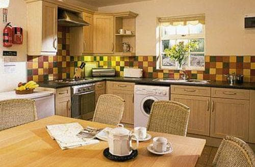 Last Minute Cottages - EYAM